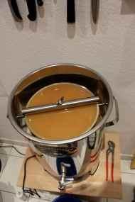 Kochen des Malzes, das sogenannte Maischen